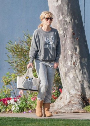 Reese Witherspoon in Sweats out in Brentwood