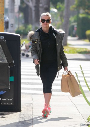 Reese Witherspoon in Tight Leggings out in Los Angeles