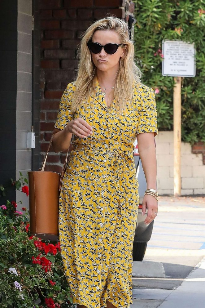 Reese Witherspoon in Yellow Summery Dress – Out in the Pacific Palisades