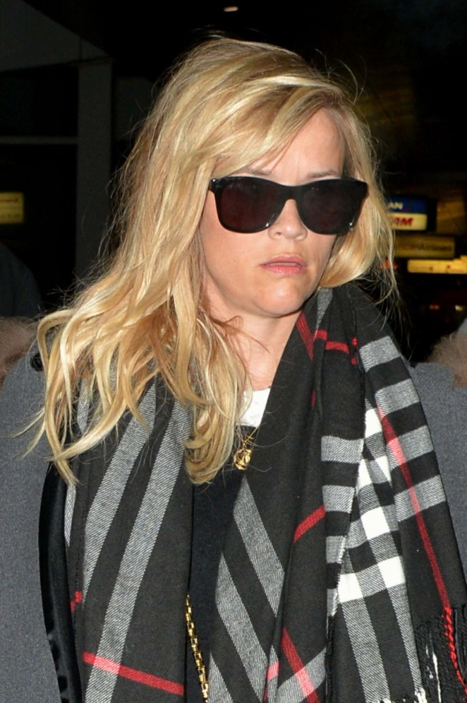 Reese Witherspoon - JFK Airport in NYC
