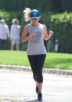 Reese Witherspoon - Jogging Candids at Brentwood