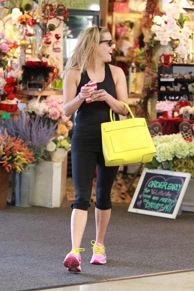 Reese Witherspoon in Black Tights -22