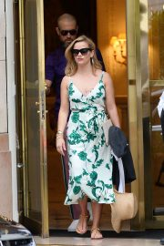 Reese Witherspoon - Leaving Bristol Hotel in Paris
