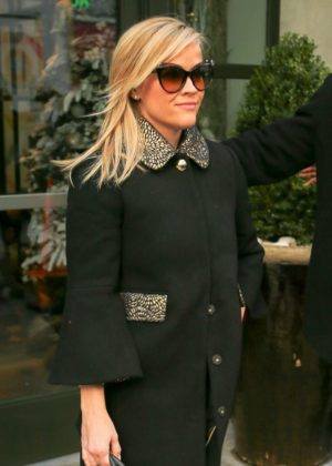 Reese Witherspoon - Leaving her hotel in New York