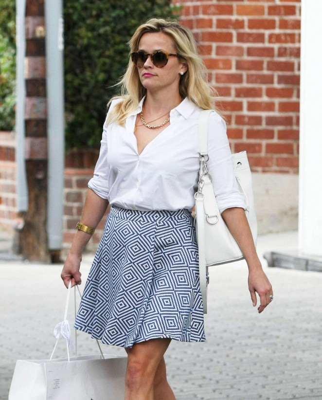 Reese Witherspoon in Mini Skirt Leaving her office Beverly Hills