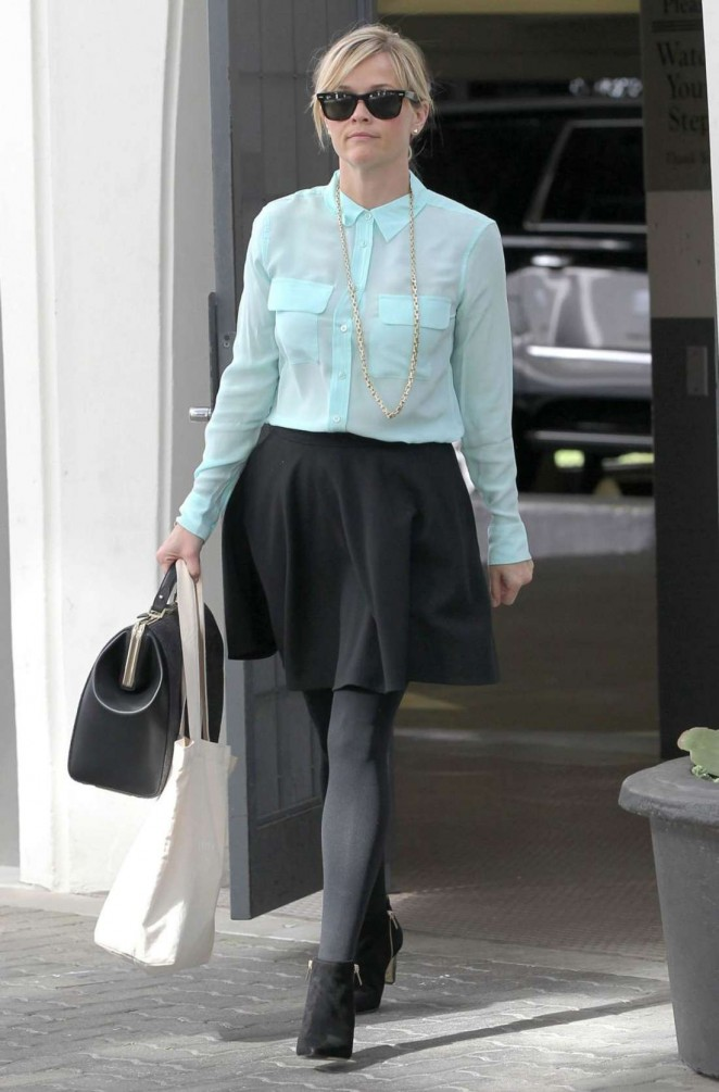 Reese Witherspoon in Mini Skirt - Leaving Her Office in Beverly Hills