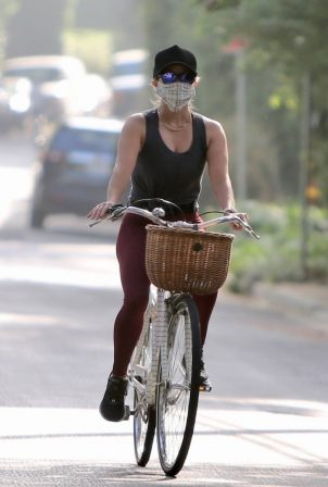 Reese Witherspoon - On a bike ride in Brentwood