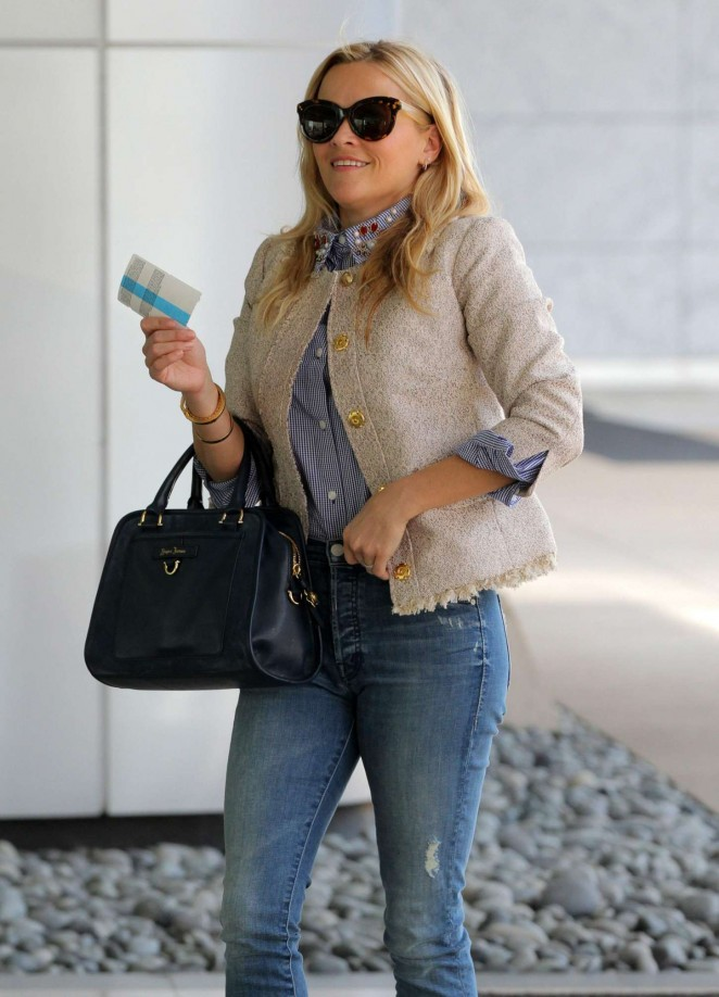 Reese Witherspoon in Jeans Out in Century City
