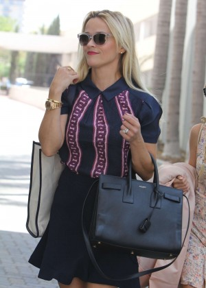 Reese Witherspoon - Out and about in LA