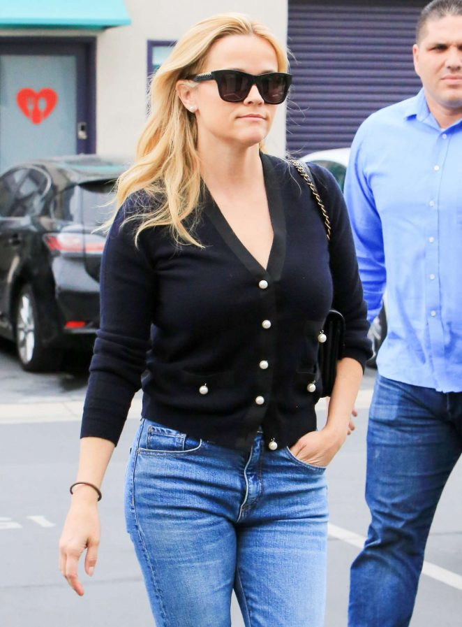 Reese Witherspoon - Out and about in Los Angeles