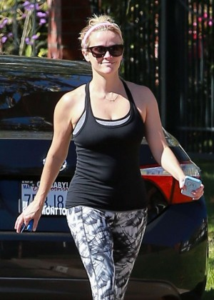 Reese Witherspoon in Leggings Out in Pacific Palisades