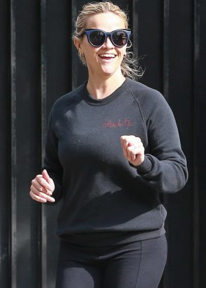 Reese Witherspoon - Out for a morning run in Brentwood