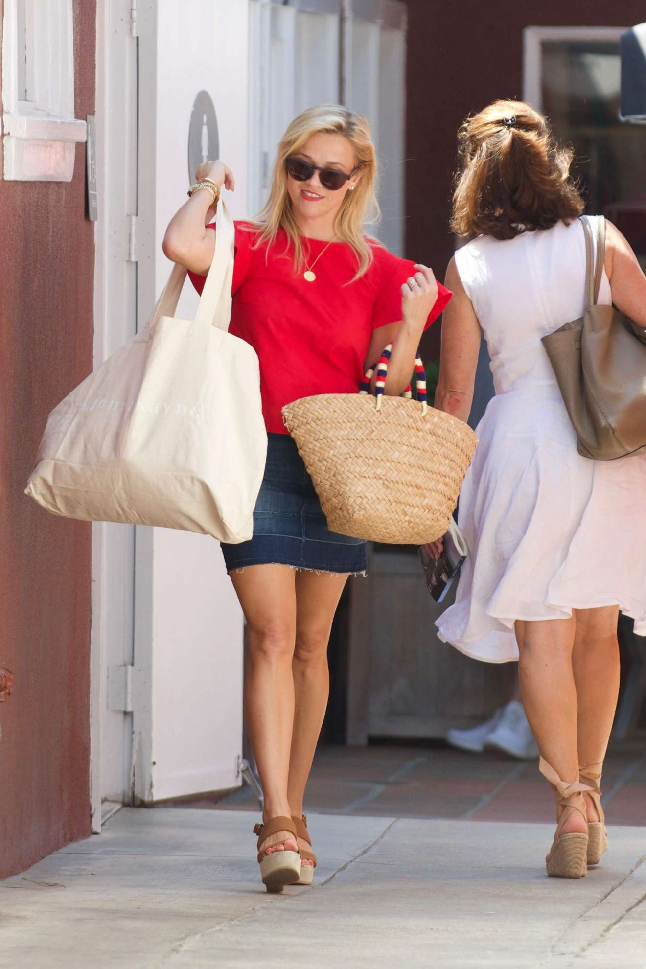 Reese Witherspoon 2017 : Reese Witherspoon: Out in Los Angeles-13