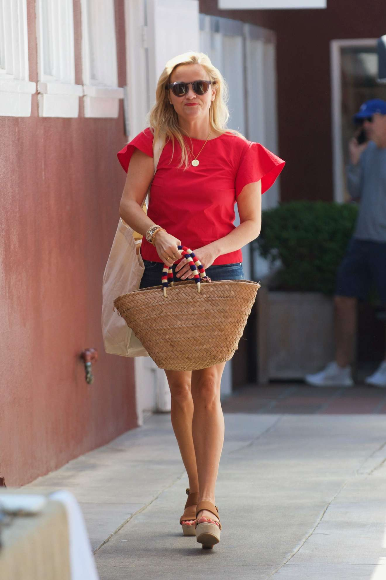 Reese Witherspoon 2017 : Reese Witherspoon: Out in Los Angeles-16