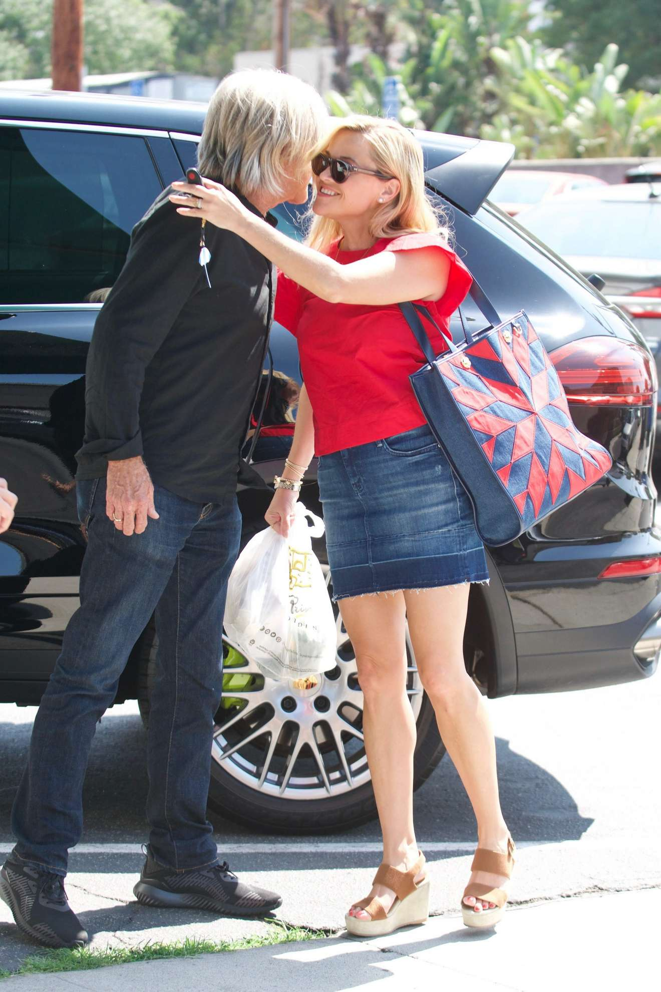 Reese Witherspoon: Out in Los Angeles-17