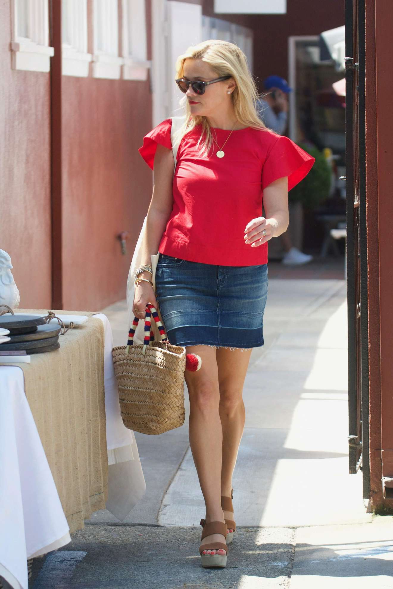 Reese Witherspoon 2017 : Reese Witherspoon: Out in Los Angeles-33