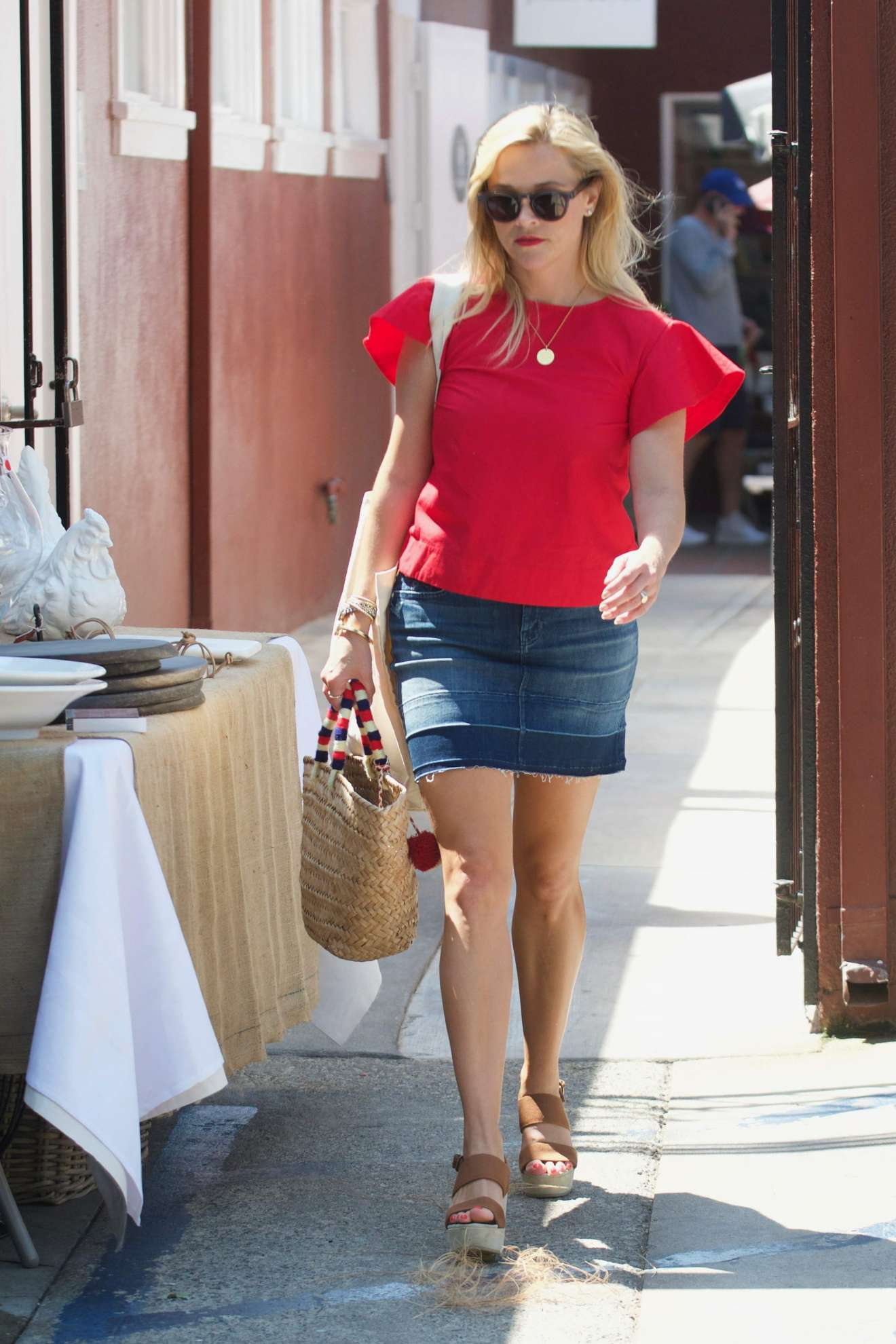 Reese Witherspoon 2017 : Reese Witherspoon: Out in Los Angeles-44