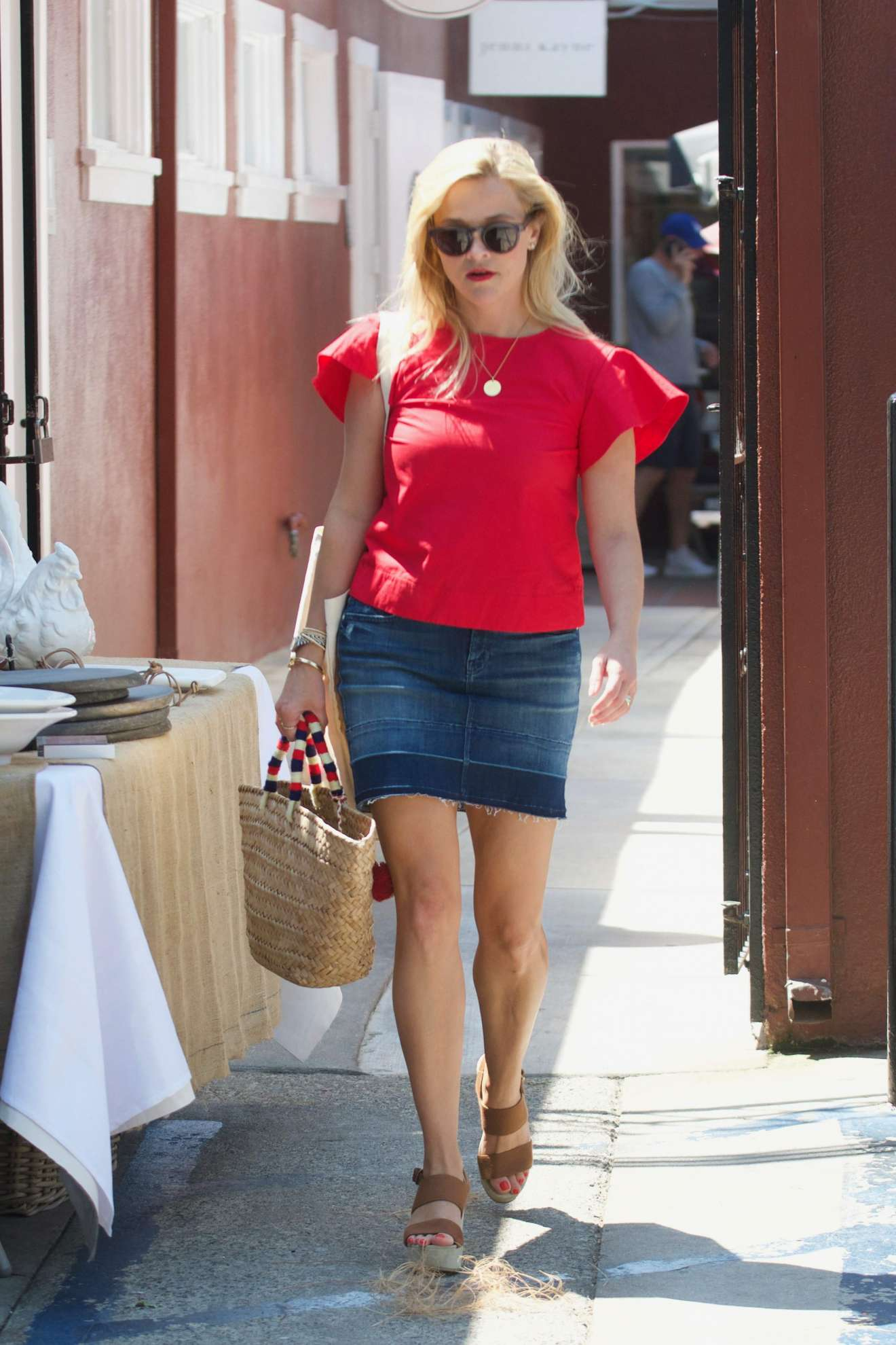 Reese Witherspoon 2017 : Reese Witherspoon: Out in Los Angeles-55
