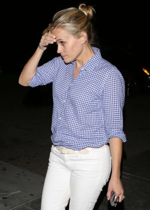Reese Witherspoon - Palm Restaurant in Beverly Hills