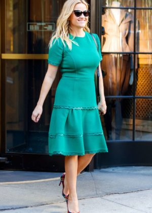Reese Witherspoon - Seen out in NYC