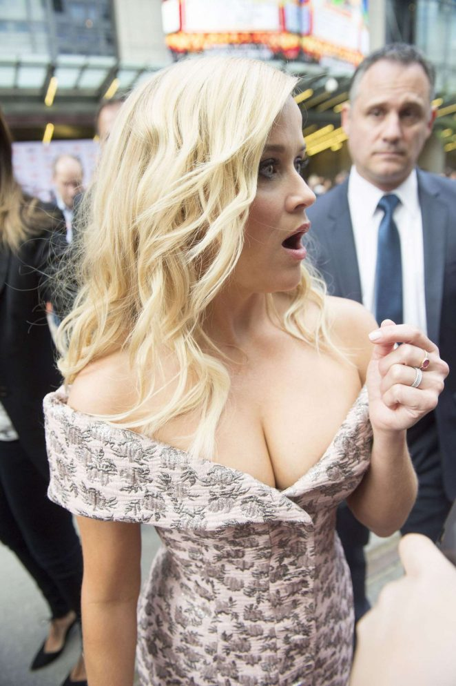Reese Witherspoon – 'Sing' Premiere at 2016 Toronto International Film Festival