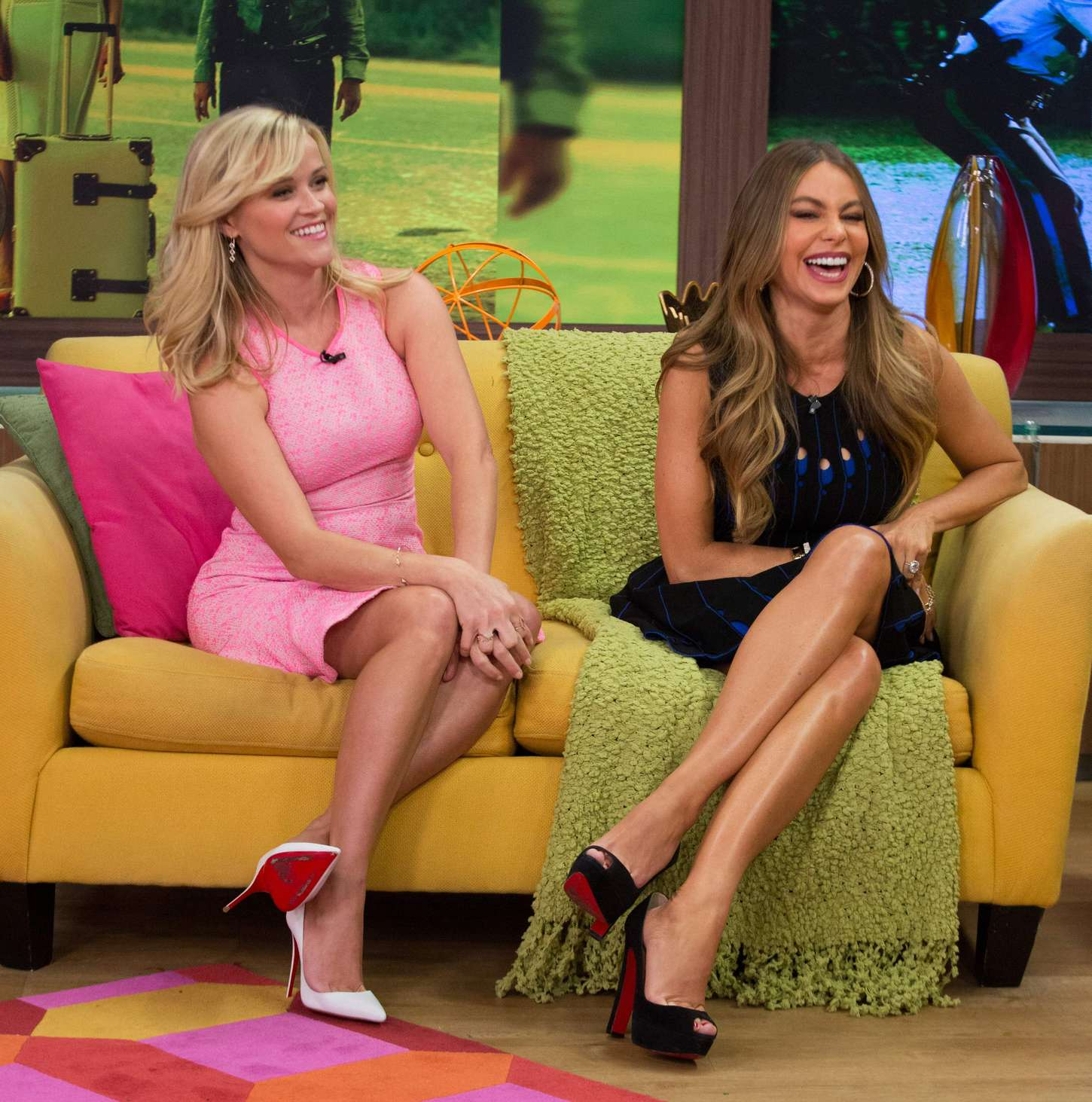 Reese Witherspoon And Sofia Vergara: Despierta America