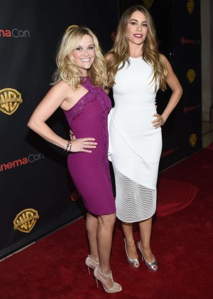 Reese Witherspoon & Sofia Vergara - WB 2015 Cinemacon Press Line in Las Vegas
