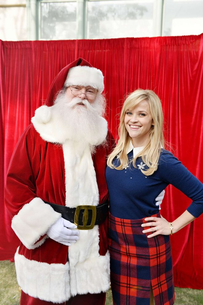 Reese Witherspoon - Tiny Prints Presents The Baby2Baby Snow Day in LA
