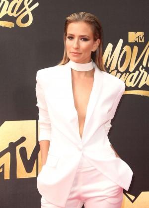 Renee Bargh - 2016 MTV Movie Awards in Burbank