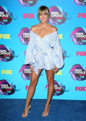 Renee Bargh - 2017 Teen Choice Awards in Los Angeles