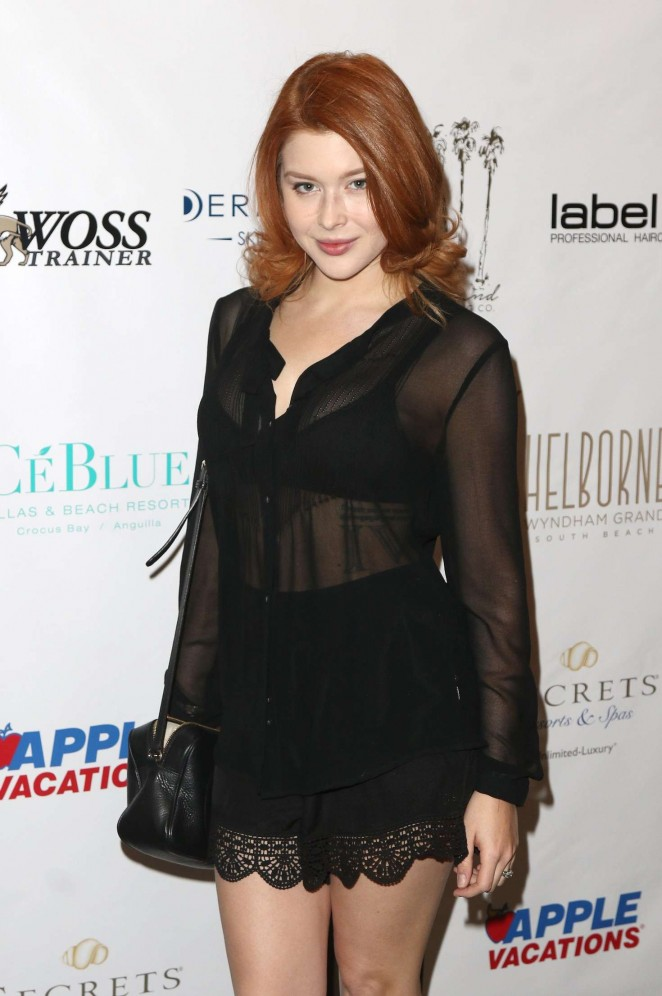 Renee Olstead - 2016 Red Carpet Style and Beauty Lounge in Celebration of the Oscars in Beverly Hills
