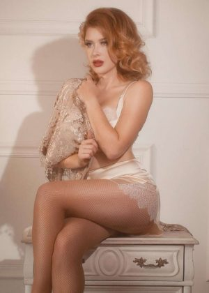 Renee Olstead - Kalie Johnston Photoshoots 2018