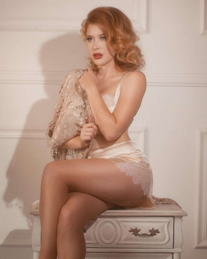 Renee Olstead – Kalie Johnston Photoshoots 2018