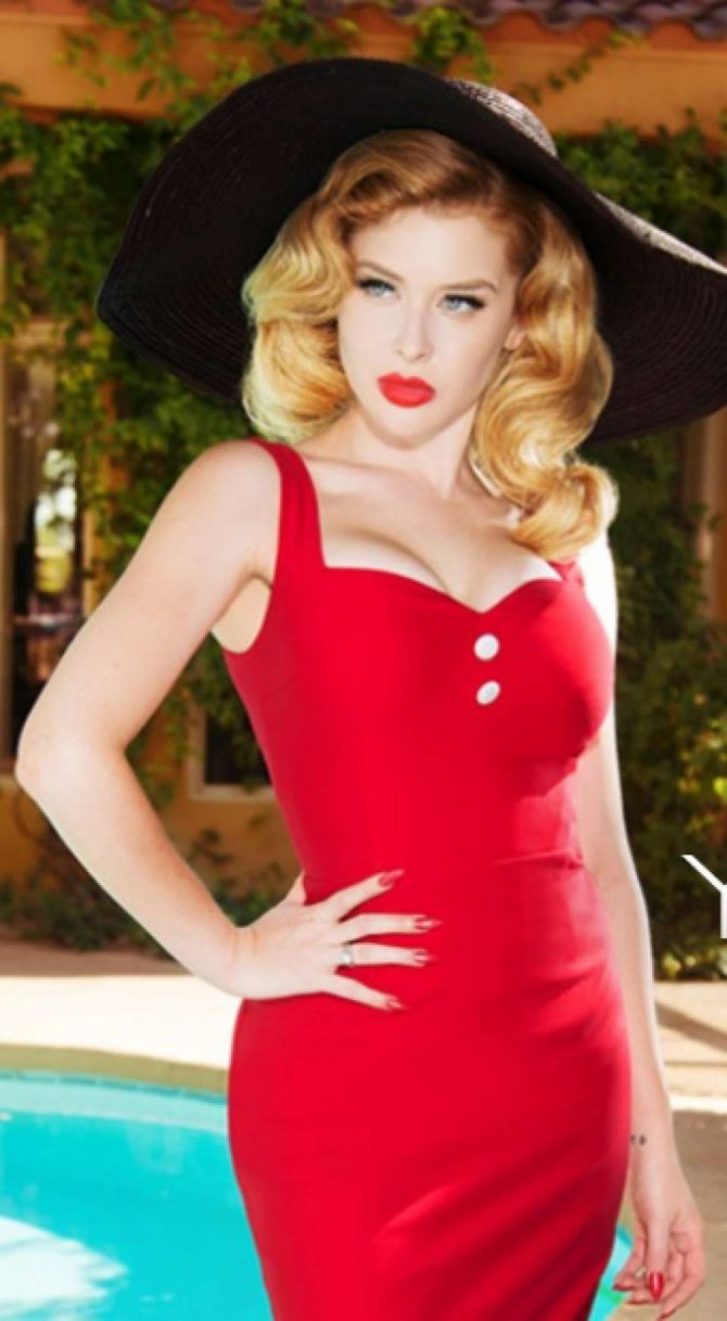 Renee Olstead – Social Media Pics
