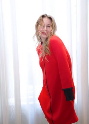 Renee Zellweger - 'Bridget Jones Baby' Press Conference in London