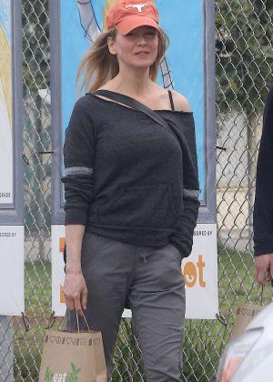 Renee Zellweger out in Venice