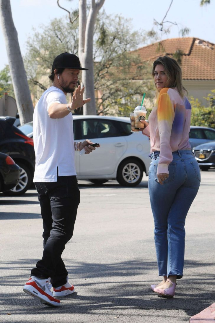 Rhea Durham and Mark Wahlberg: Out in Beverly Hills -06
