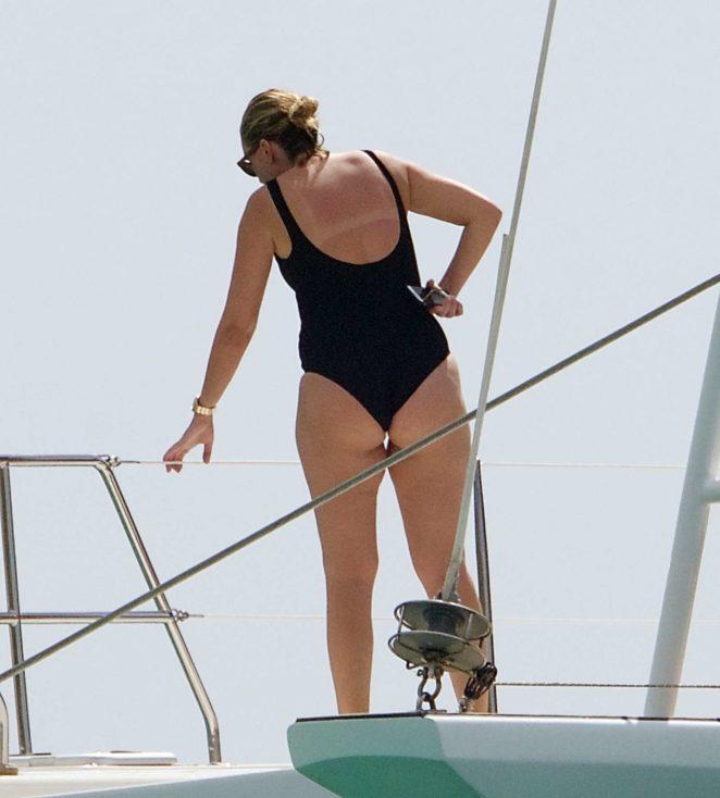 Rhea Durham 2017 : Rhea Durham in Black Swimsuit 2017 -05