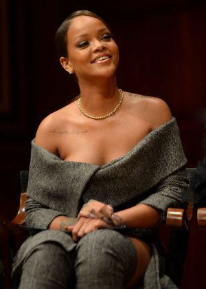Rihanna - 2017 Harvard Humanitarian of the Year Award in Cambridge
