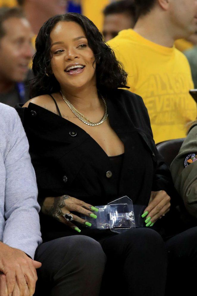 Rihanna – 2017 NBA Finals at Oracle Arena in Oakland