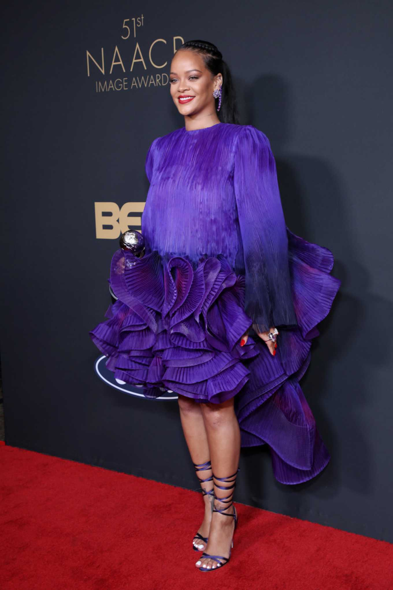 Rihanna 2020 : Rihanna – 2020 NAACP Image Awards in Pasadena-04