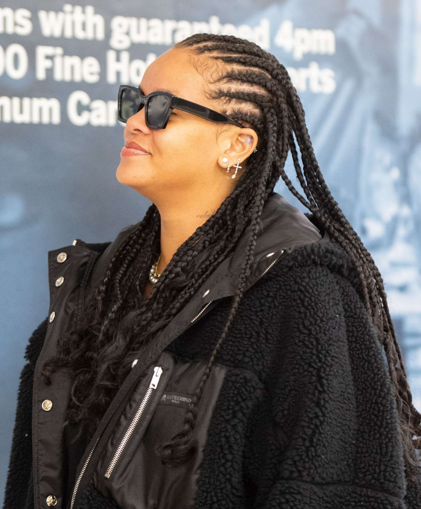 Rihanna 2019 : Rihanna – Arrives at JFK Airport in New York-17