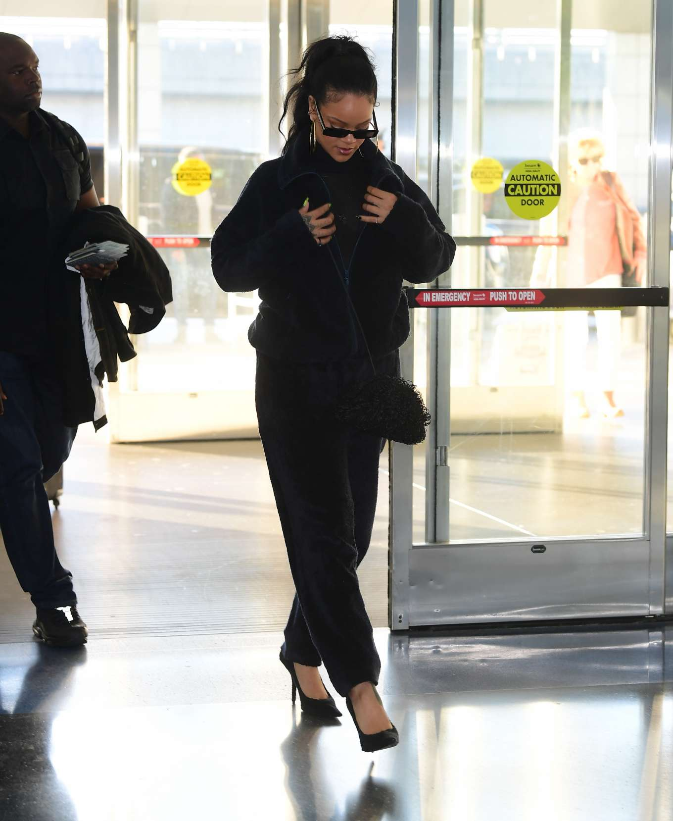 Rihanna 2019 : Rihanna – Arrives at JFK Airport in New York-25