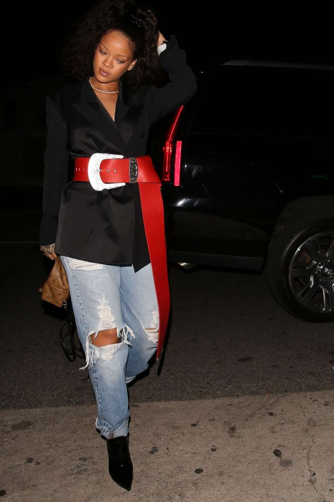 Rihanna - Arrives to Giorgio Baldi in Los Angeles