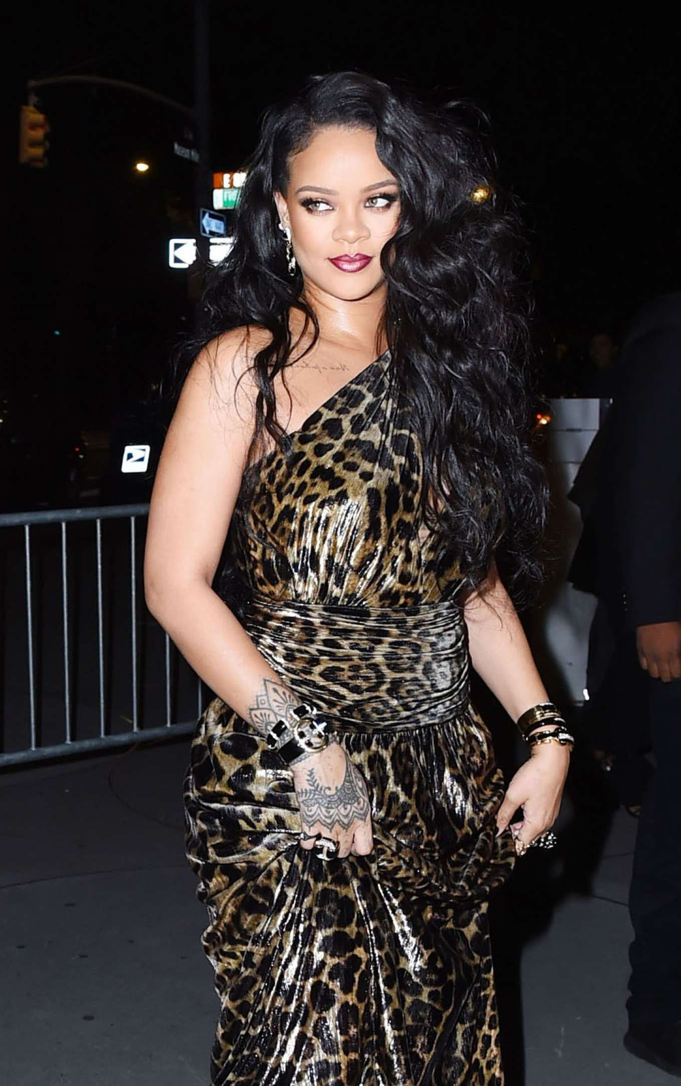 Rihanna - Arrives to the Guggenheim Museum to celebrate her new self-titled book in NYC