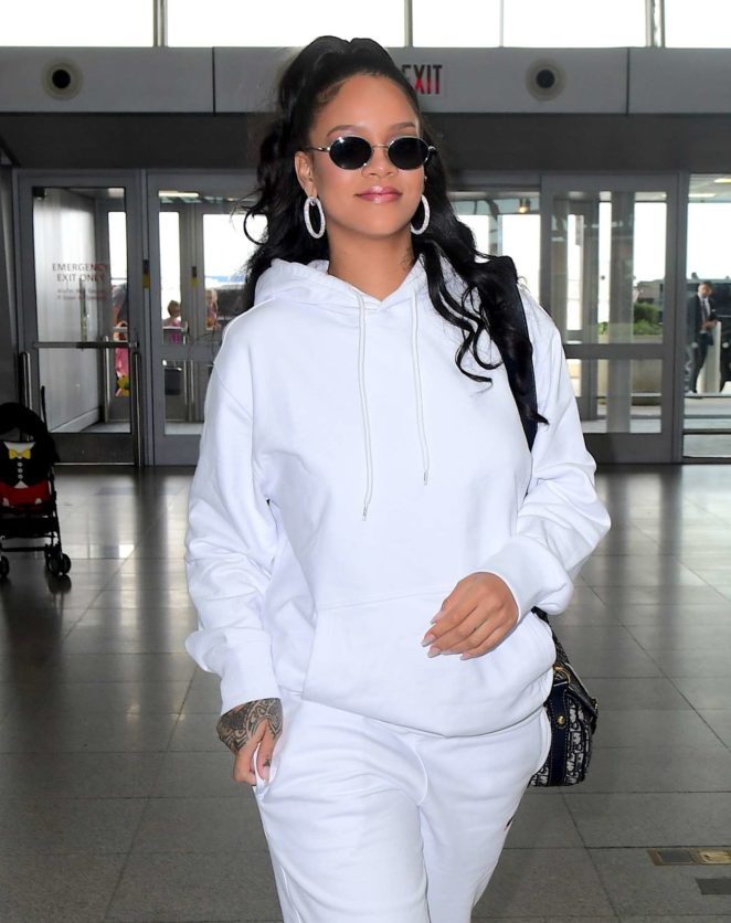 Rihanna - Arriving at JFK airport in New York City