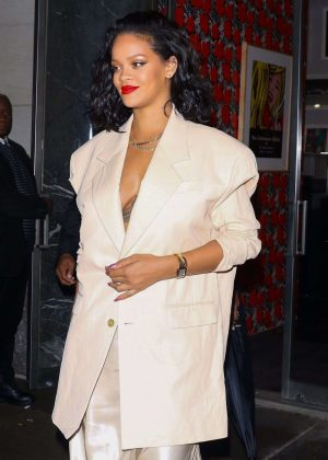 Rihanna at Kappo Masa Japanese restaurant in New York