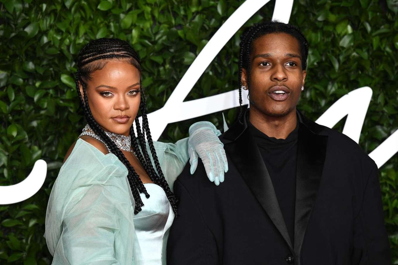 Rihanna 2019 : Rihanna – Fashion Awards 2019 in London-25