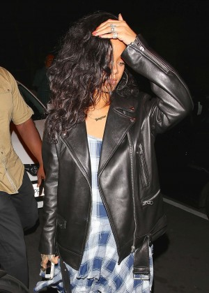 Rihanna - Dining at Giorgio Baldi in Los Angeles