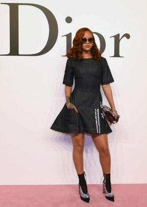 Rihanna - Dior Fashion Show in Tokyo